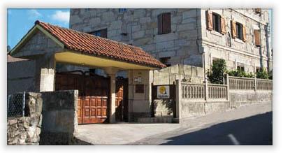 Ababides apartamentos con encanto baiona galicia espa a - Casas de piedra gallegas ...